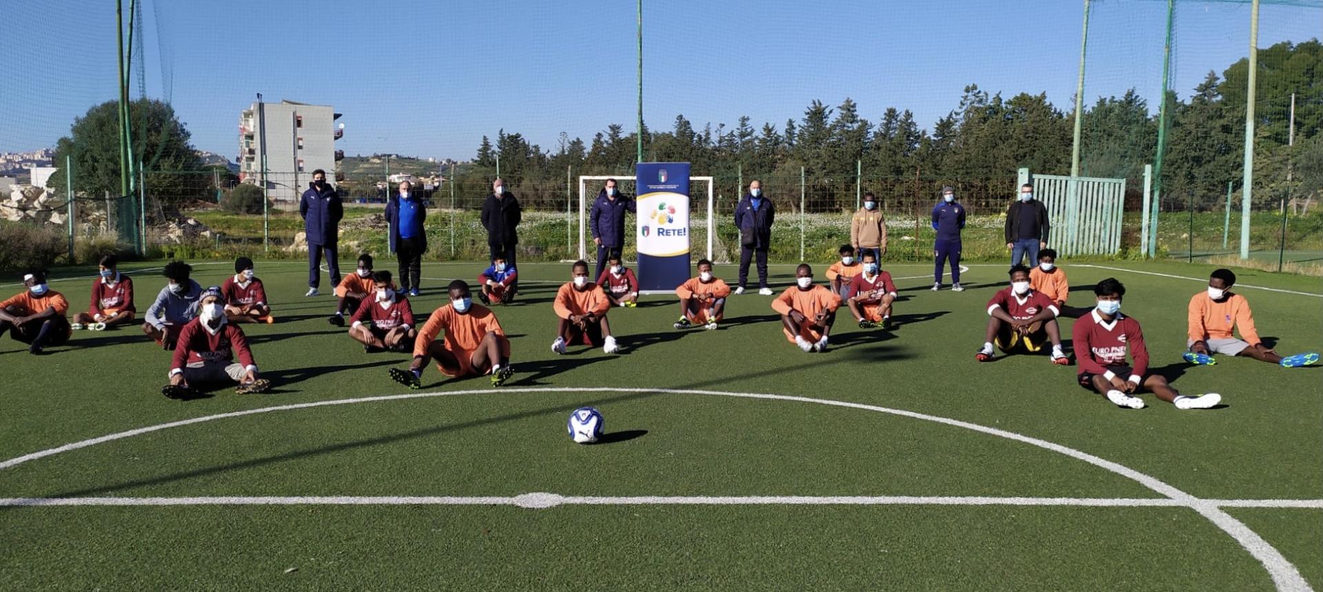 """REFUGEE TEAM"": PALERMO FC E FIGC INSIEME PER L'INCLUSIONE SOCIALE"