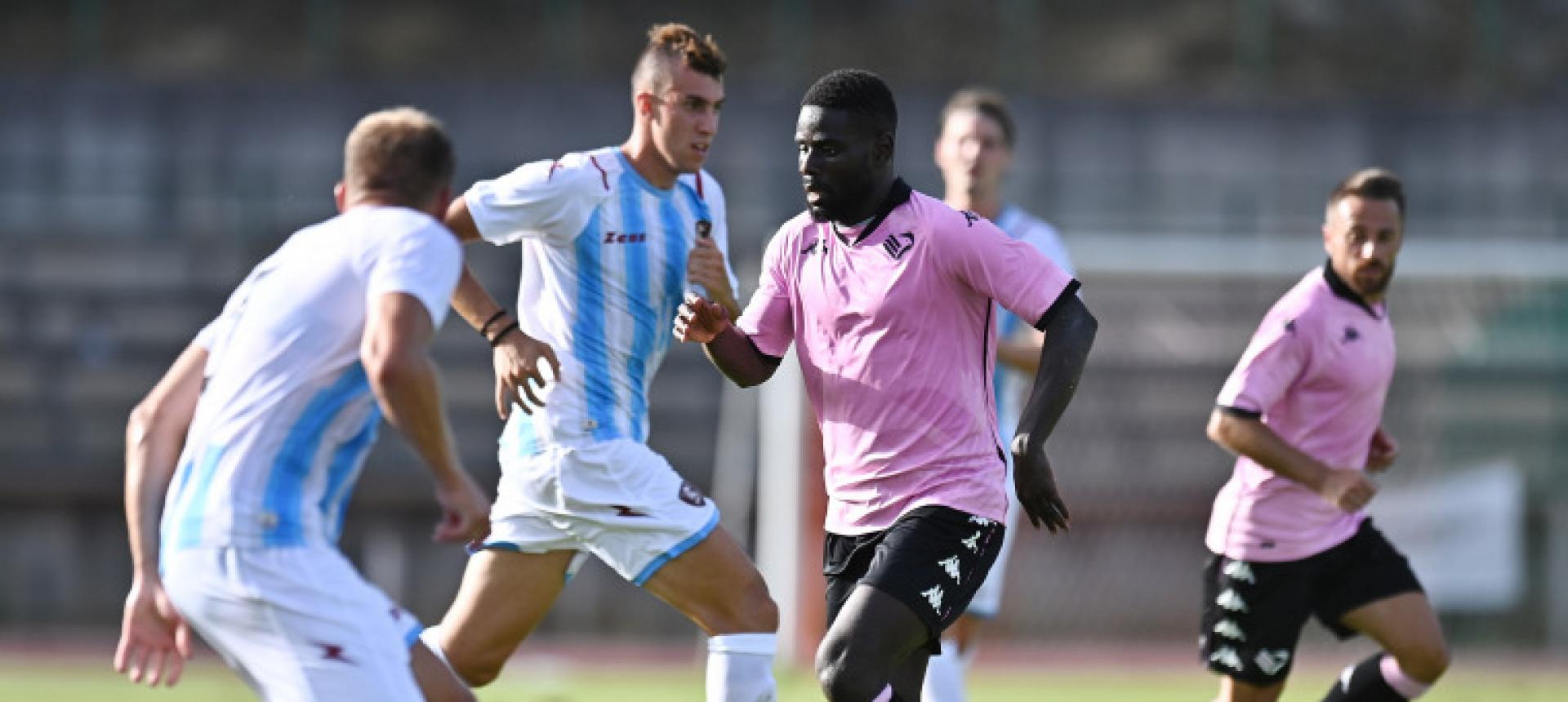 Kanoute ceduto a titolo definitivo all'Avellino