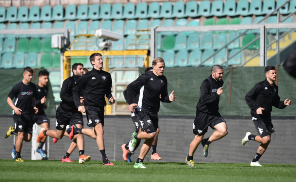 TRAINING SESSION AT RENZO BARBERA STADIUM