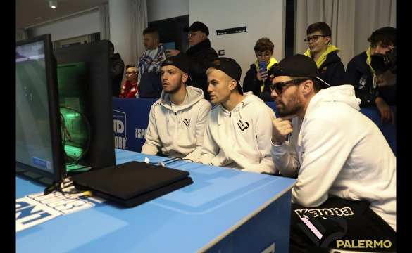 LND E-SPORT ROADSHOW IL VIDEO