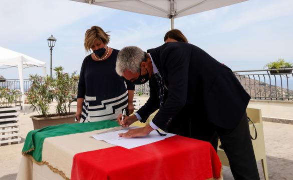 Torretta, firmata concessione per il campo comunale IL VIDEO